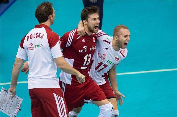 Bucuria polonezilor dupa ce au revenit de la 0-2 la 3-2 in meciul cu Iranul