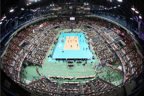 Japonia si Italia au jucat in fata unei sali arhiline la Hiroshima
