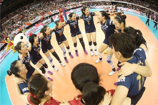 Echipa feminina de volei a Chinei si hora bucuriei dupa calificarea la Jocurile Olimpice
