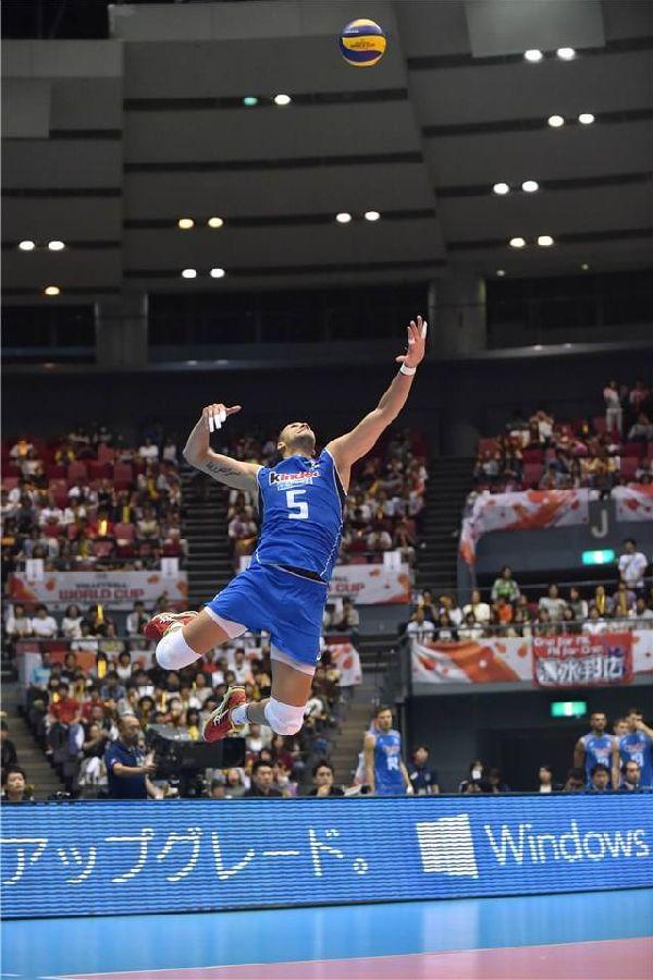 Osmani Juantorena, un jucator care sfideaza parca gravitatia