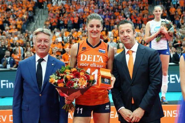 Anne Buijs europene volei echipa