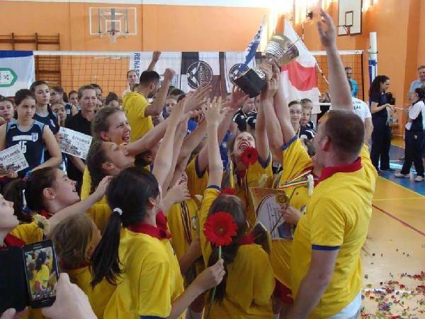 minivolei dinamo campioana nationala feminin