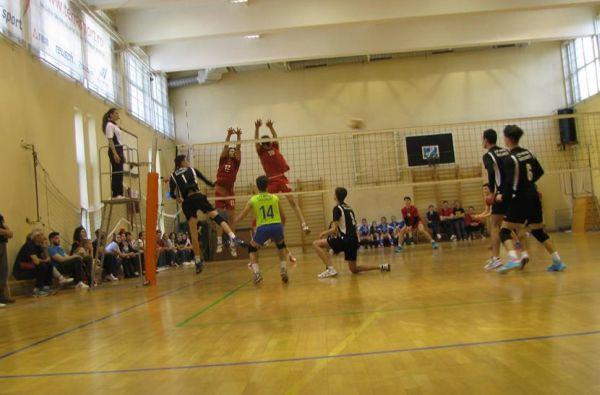 CTF Mihai I si LSP Piatra Neamt au terminat pe primele doua locuri grupa semifinala disputata la Bucuresti