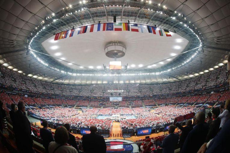record spectatori polonia serbia