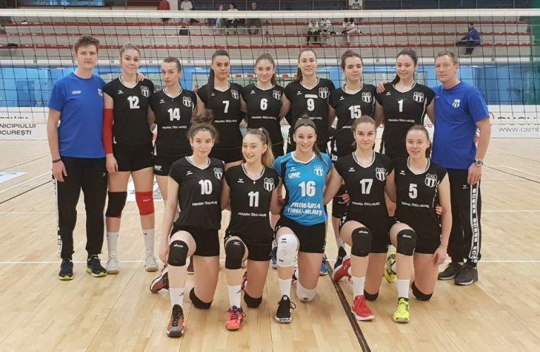 Echipa de volei junioare Medicina Târgu Mures s-a calificat in semifinalele campionatului national