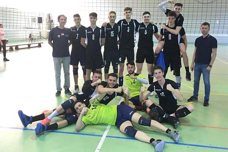 Echipa de volei juniori a clubului CTF MIhai I s-a calificat in semifinalele campionatului