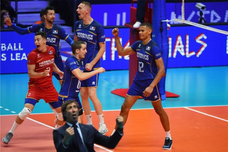 Bucuria echipei Frantei dupa calificarea in finala VNL la volei masculin