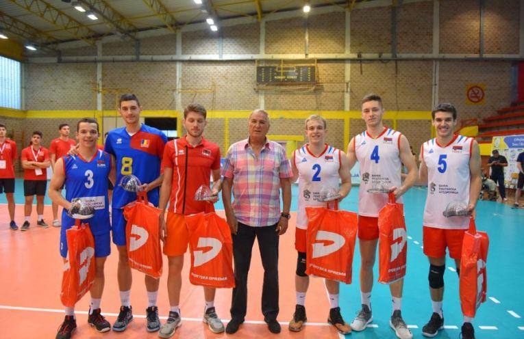 Robert Calin cel mai bun centru Campionatul Balcanic Under 20 la volei masculin