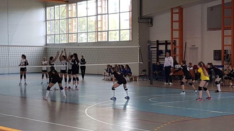 LPS Cluj - bistrita, campionat de volei pentru cadete