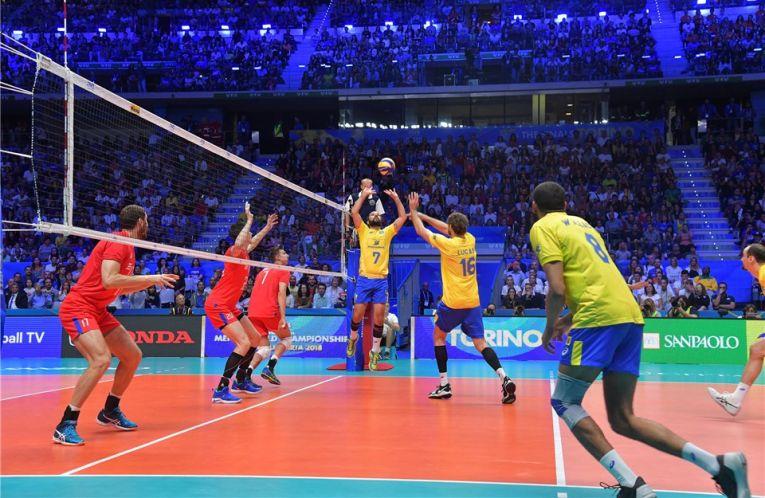 William, ridicătorul Braziliei, a fost omul meciului cu Rusia de la Campionatul Mondial