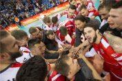 gianni cretu, antrenorul de la Asseco Resovia, se bucura după victoria cu Sada Cruzeiro