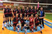Echipa feminina de volei Gloria Buzau după victoria de la Focșani