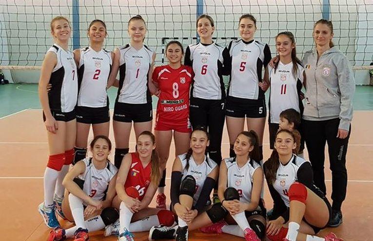 Echipa de volei cadete a clubului Dinamo