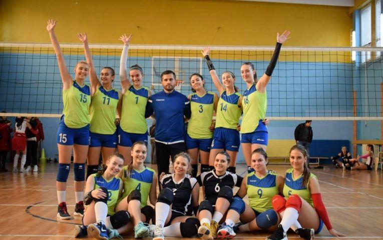 Echipa de junioare a CTF Mihai I dupa victoria de la Constanta