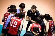 Ferhat Akbaș dă sfaturi jucătoarelor din naționala de volei Japoniei