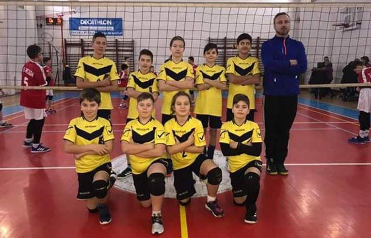 Echipa de minivolei CSS Bacău