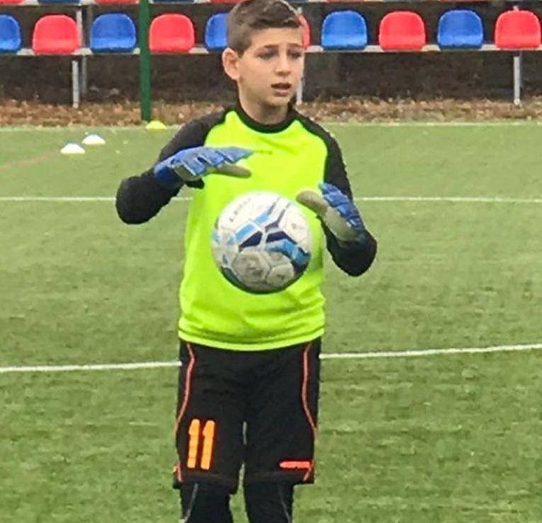 Patrick Pîrv este portar la Luceafărul Cluj