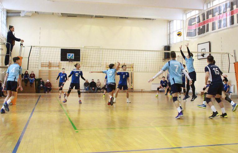Tudor Constantinescu volleyball setter youth ctf mihai I born 2002