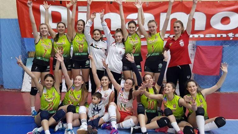 Echipa de cadete a clubului Dinamo, după o nouă victorie