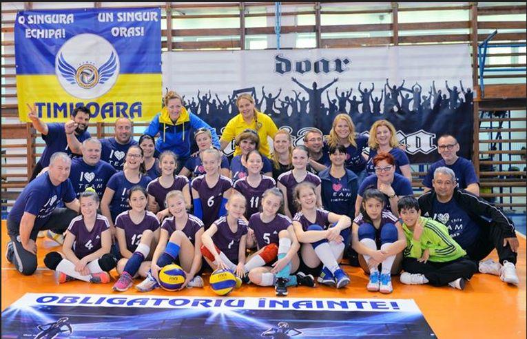 Echipa de minivolei Bega Timișoara, după calificarea la turneul final