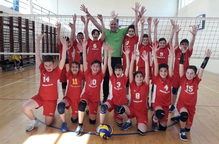 Echipa de minivolei Marius Lazăr Zalău și bucuria calificării la turneul final