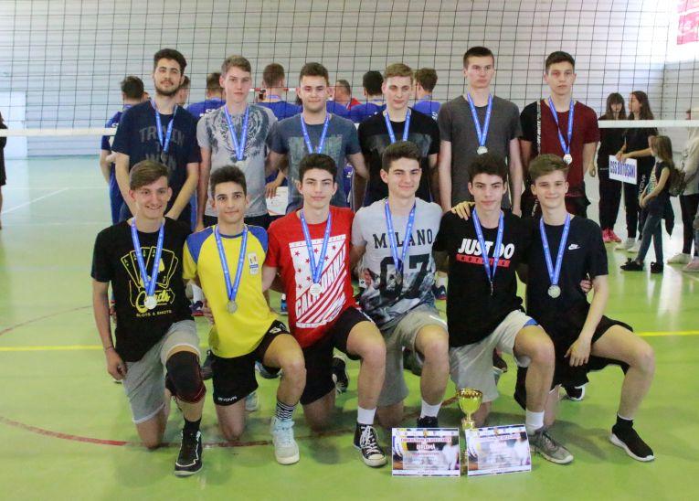 LAPI Dej a castigat medaliile de argint ale campionatului de cadeti 2018/ 2019
