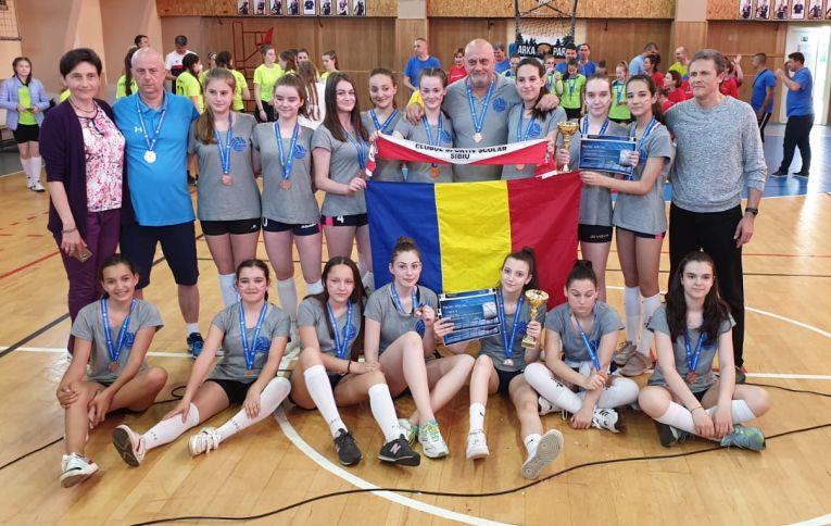 Echipa de sperante a CSS Sibiu, medaliată cu bronz in editia 2018/ 2019