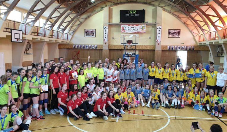 Echipele participante la festivitatea de premiere a turneului final al sperantelor