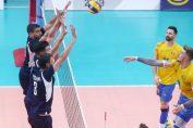 Adrian Aciobăniței, în atac in meciul din Grecia, din Silver League