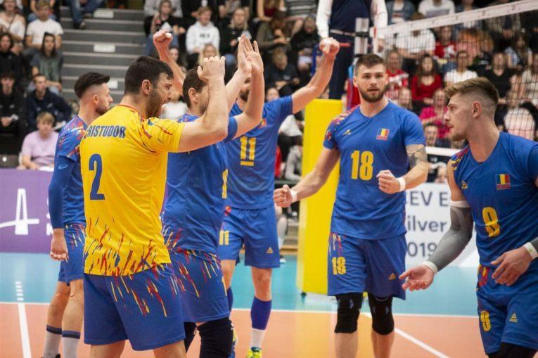Bucuria jucatorilor echipei Romaniei dupa victoria din Danemarca