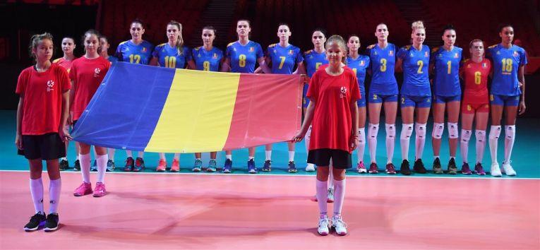 Nationala României, la intonarea imnului inaintea meciului cu Estoniade la Europene