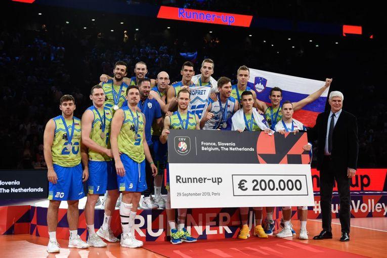 Slovenia s-a ales cu argintul Europenelor masculine de volei și cu un cec de 200.000 de euro