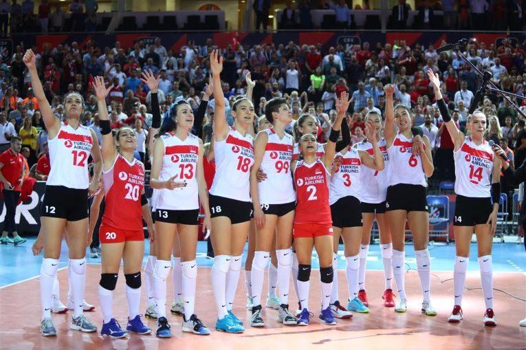 Turcia s-a calificat in semifinalele Campionatului European feminin de volei