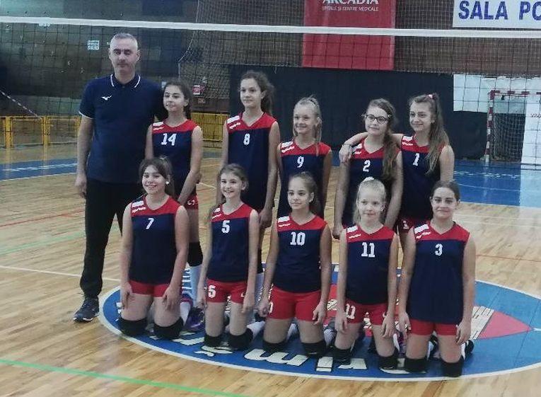 Echipa de minivolei ACS Kinder Suceava la primul turneu al campionatului 2019/ 2020