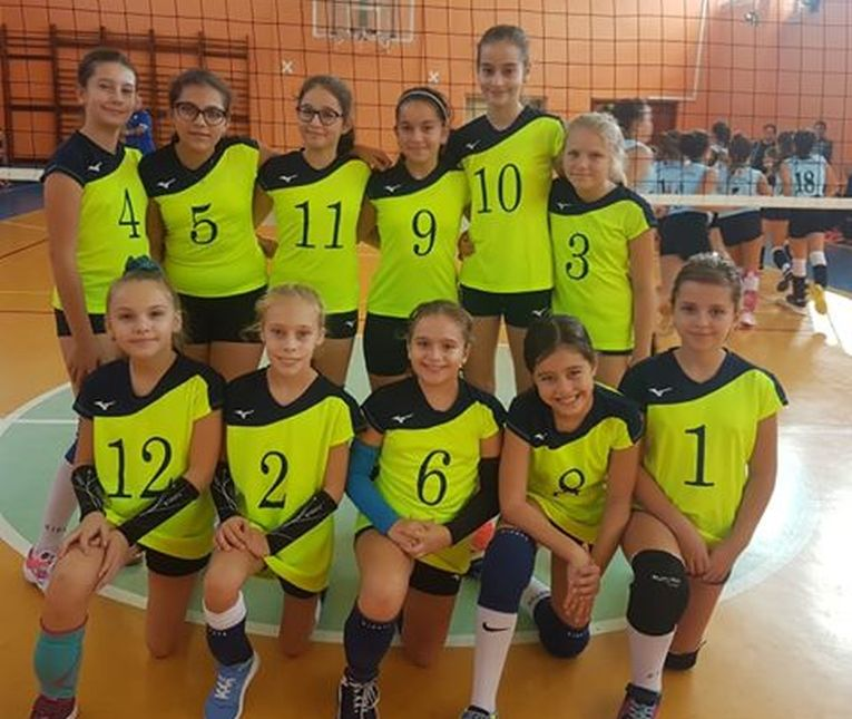 Echipa de minivolei CSS Targoviste, la primul turneu al campionatului 2019/ 2020