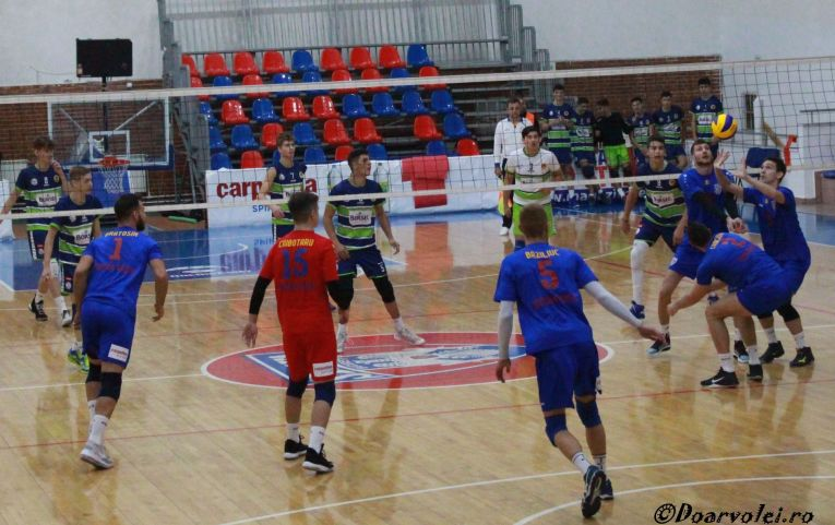 Tudor Constantinescu setter of Steaua Bucharest in 2019/ 2020 volleyball championship