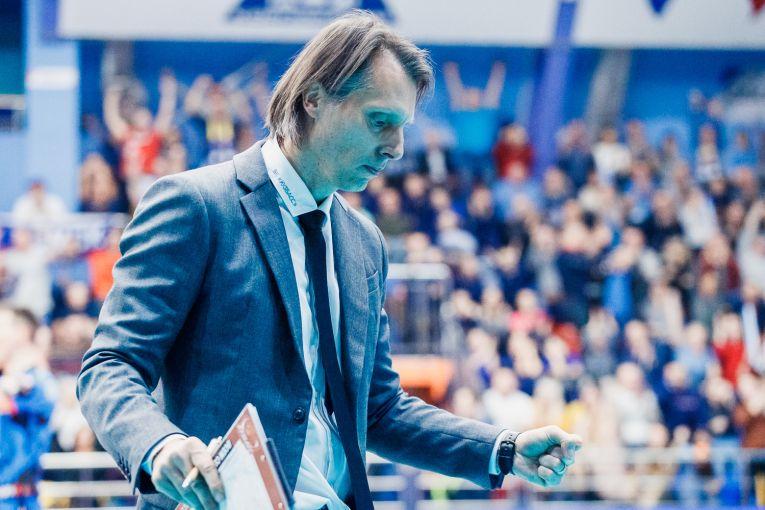 Gianni Crețu trăiește la maximum meciurile