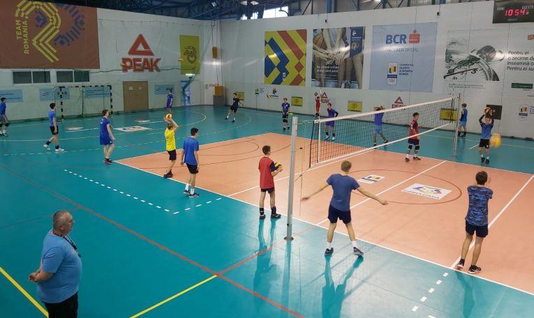 Antrenament la Complexul Olimpic Izvorani al generației 2005/ 2006