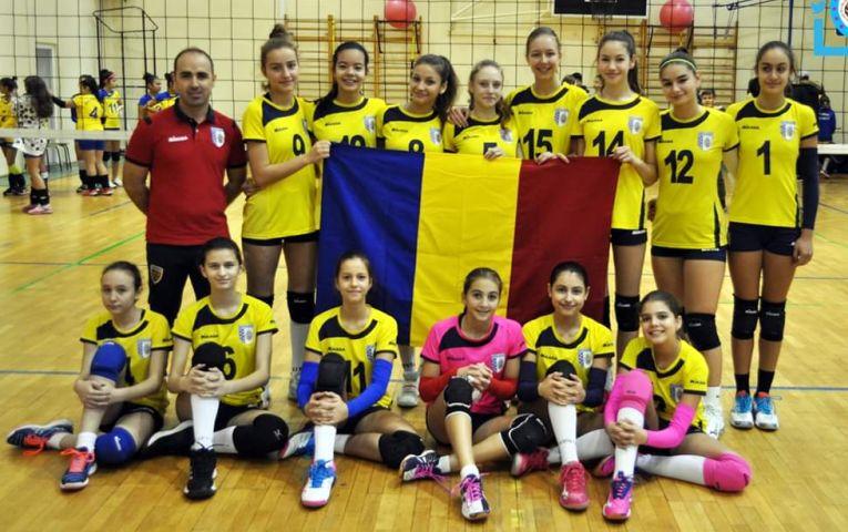 Echipa feminină de sperante CSM Bucuresti, in cel de-al doilea turneu al campionatului 2019/ 2020