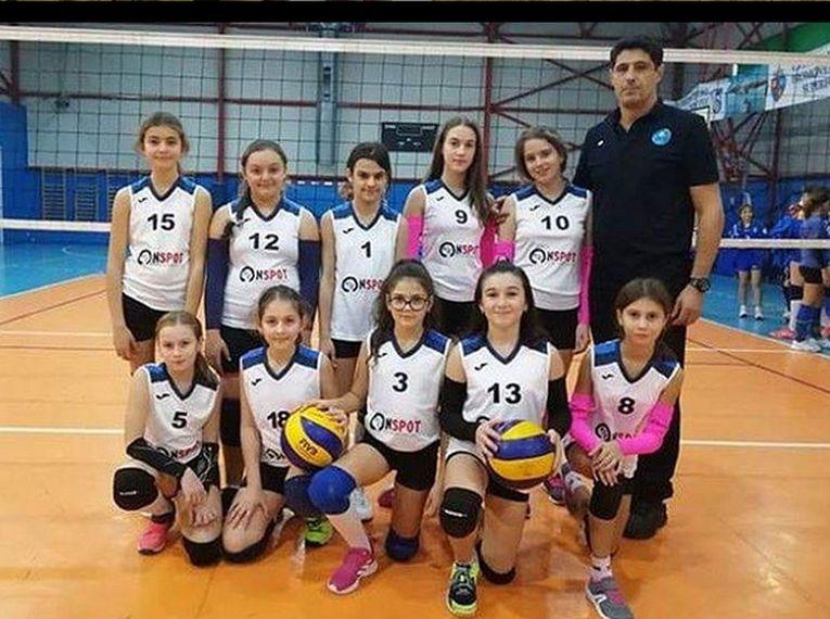 Echipa feminină de sperante CSS Tg. Jiu, in cel de-al doilea turneu al campionatului 2019/ 2020