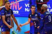 Boyer, Tonniuti si Ngapeth se bucură după un punct al nationalei de volei a Franței