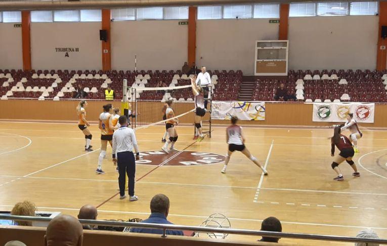 CSM Targoviste s-a impus cu 3-0 in sala Giulesti, in fata Rapidului