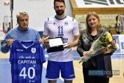 Laurențiu Lică a primit un cadou înaintea meciului cu Dinamo, cu ocazia împlinirii a 40 de ani