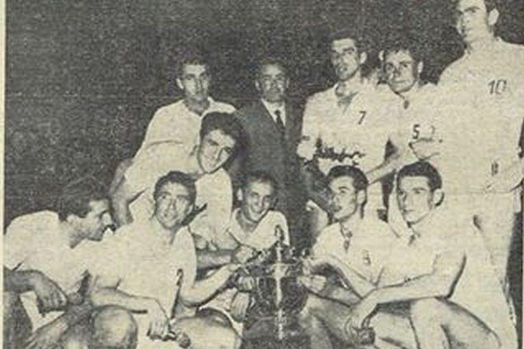 Dinamo a cucerit prima dată trofeul în Cupa Campionilor Europeni în 1966