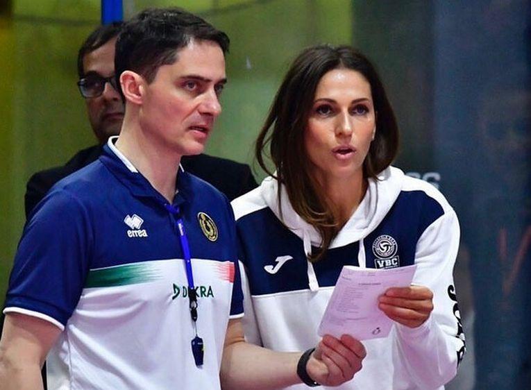 Carmen Țurlea, team-managerul formației Pomi Casalmaggiore, în acțiune