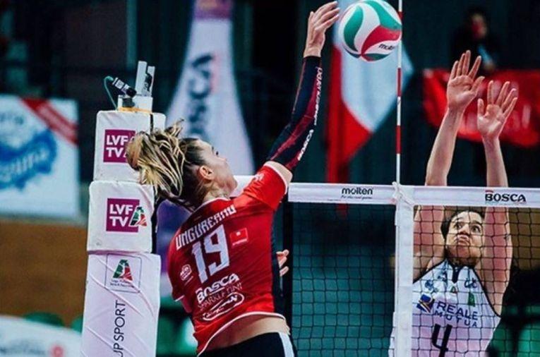 Adelina Ungureanu a făcut 17 puncte în derby-ul cu Chieri