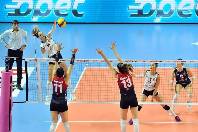 Alexia Căruțașu este a doua marcatoare din prima ligă turcă de volei