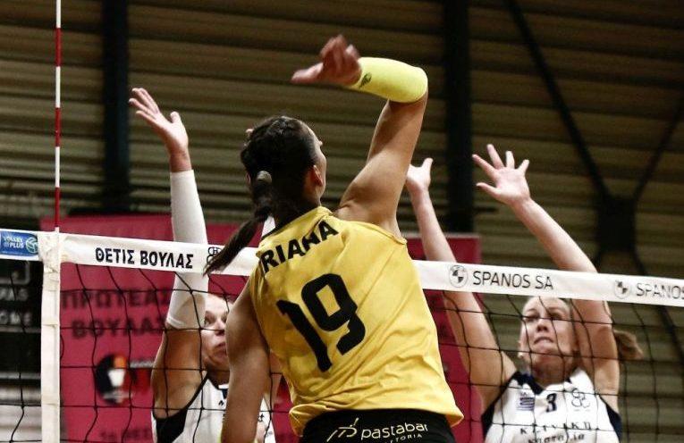 Ariana Pîrv în atac la AEK Atena