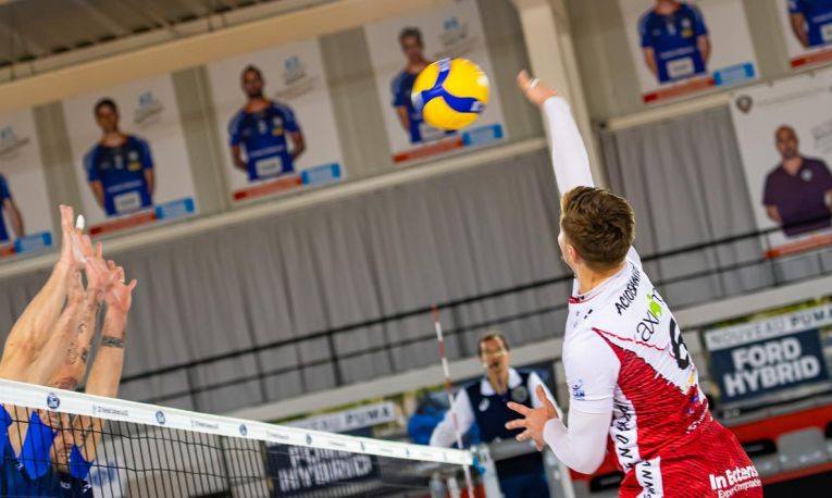 Adrian Aciobăniței în acțiune