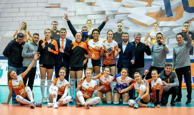 CSM Târgoviște s-a calificat în optimile Cupei CEV